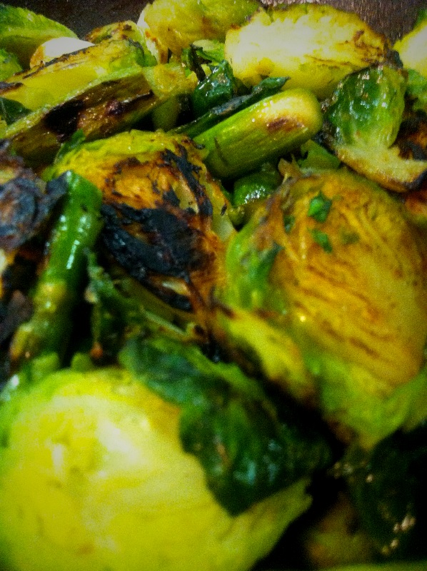 Spinach Hummus – Harissa-Spiced Hummus – Roasted Broccoli Mousse