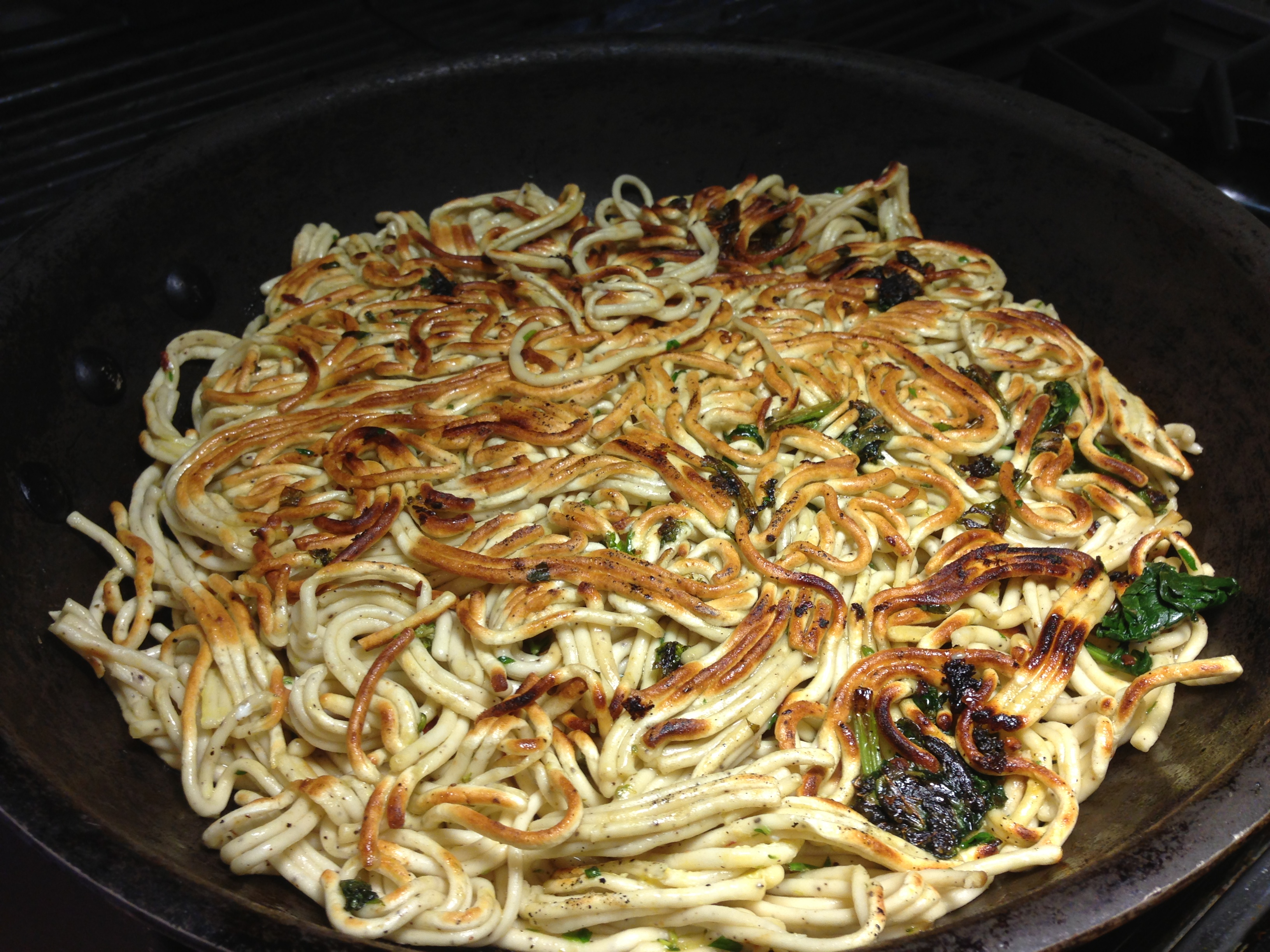 How to fry pasta in a frying pan
