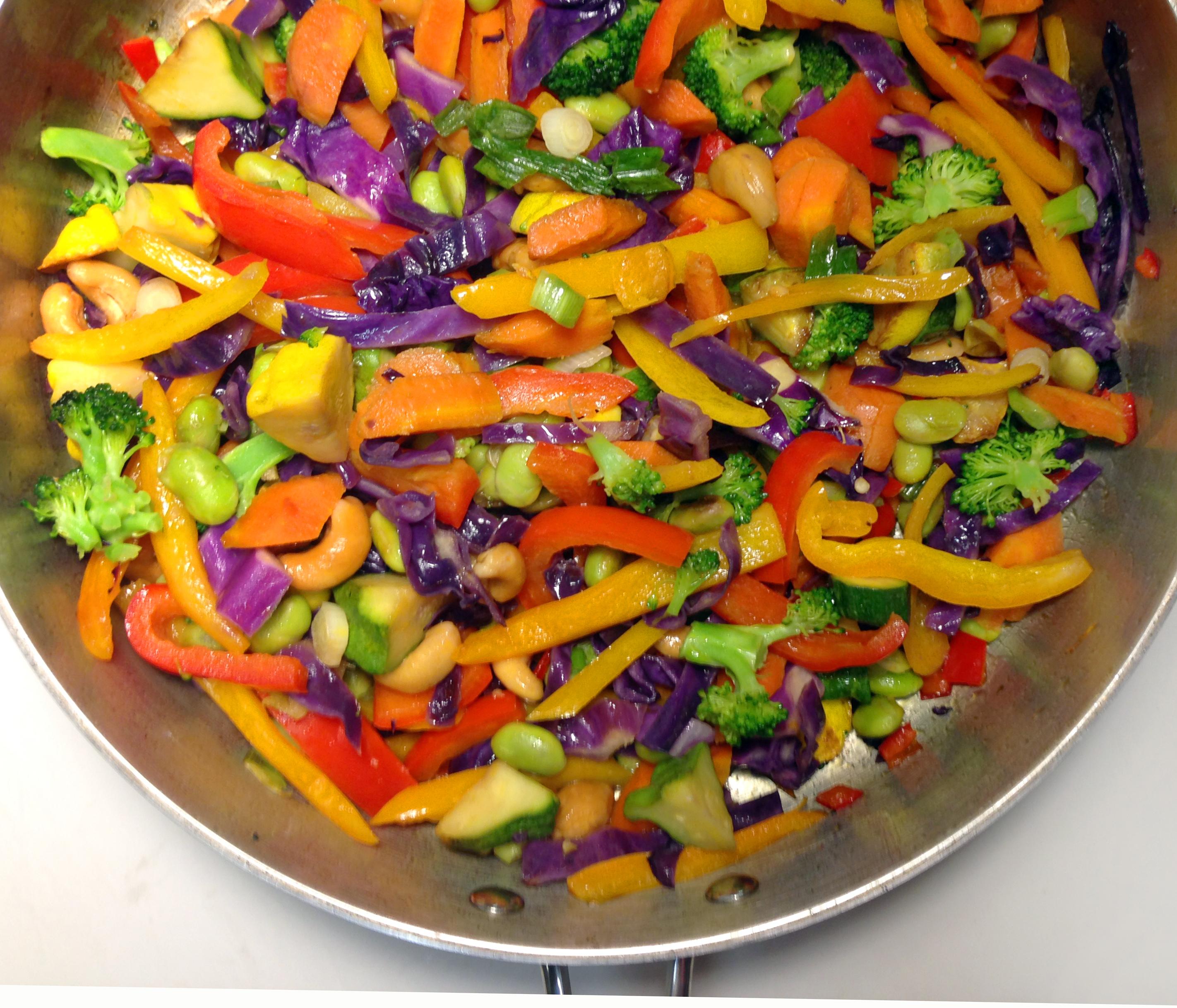Vegan Garden Veggie Spicy Thai Peanut Noodles With -1198