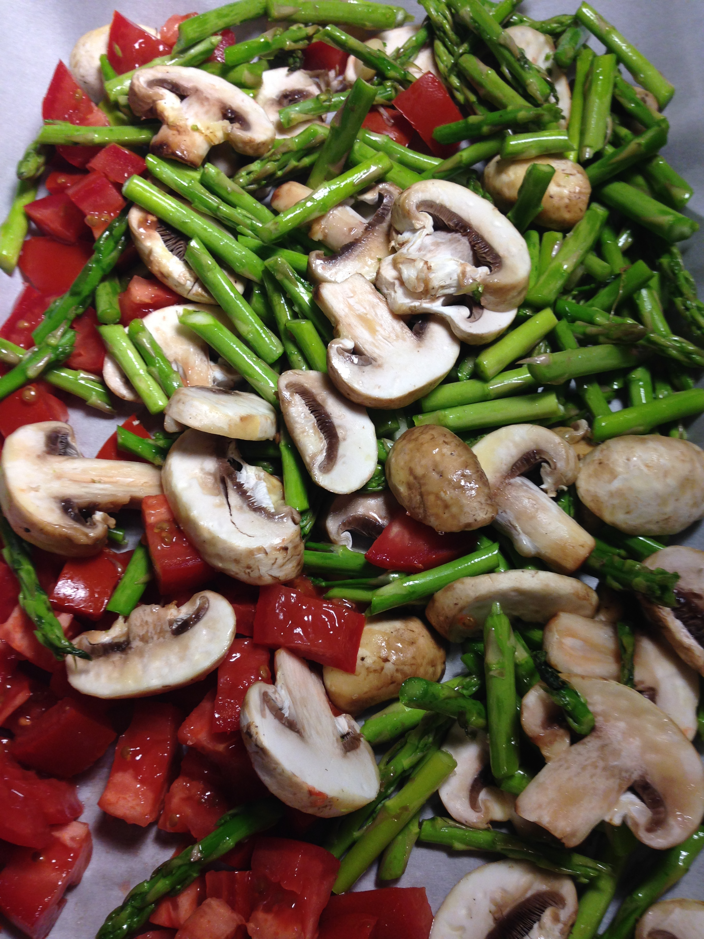 """Pasta """"Carbonara"""" with Roasted Asparagus, Mushrooms and Tomatoes ..."""
