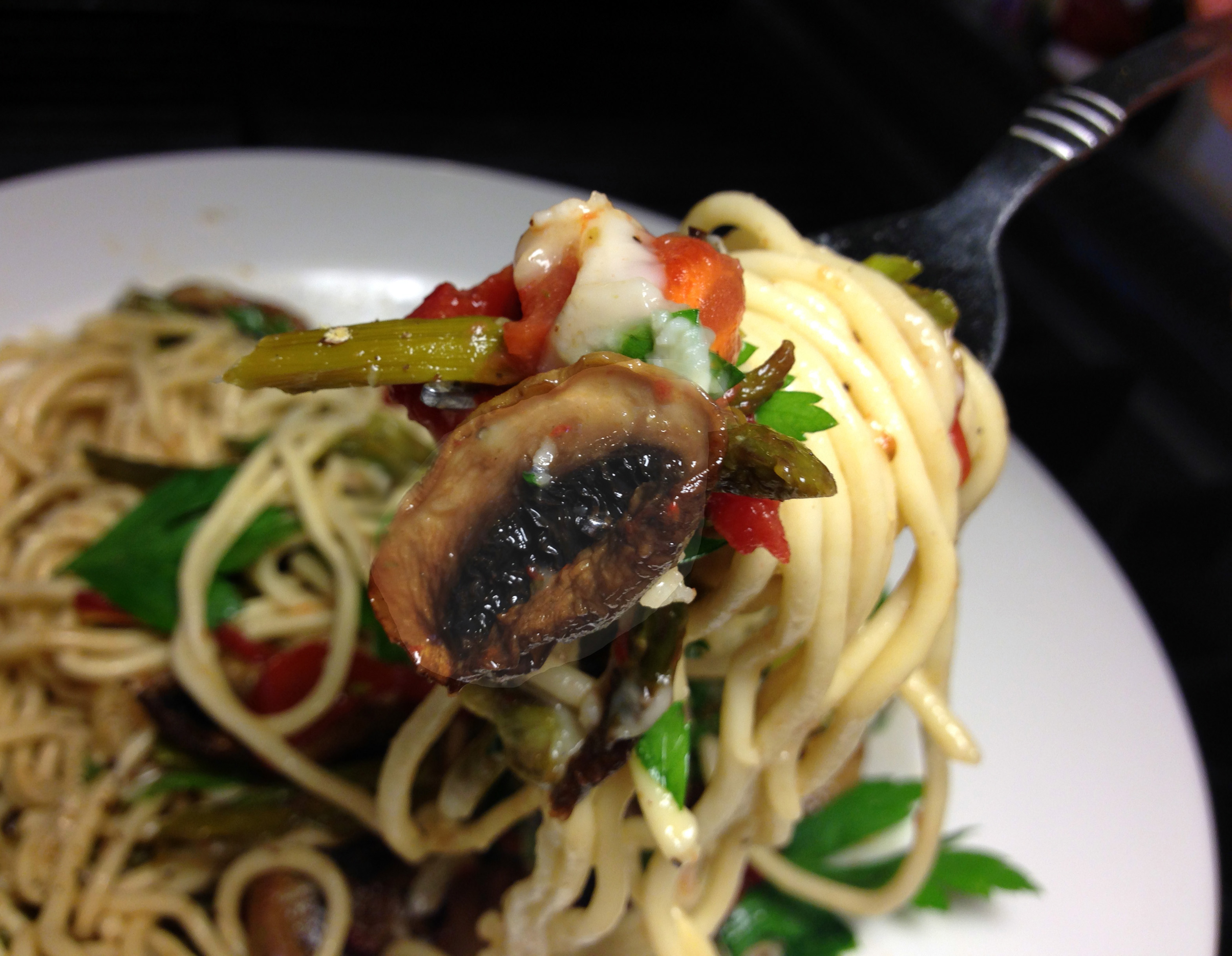 "Pasta ""Carbonara"" with Roasted Asparagus, Mushrooms and Tomatoes ..."