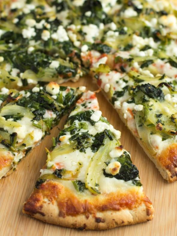 fennel-spinach-goat-cheese-pizza-3831-e1430378315946